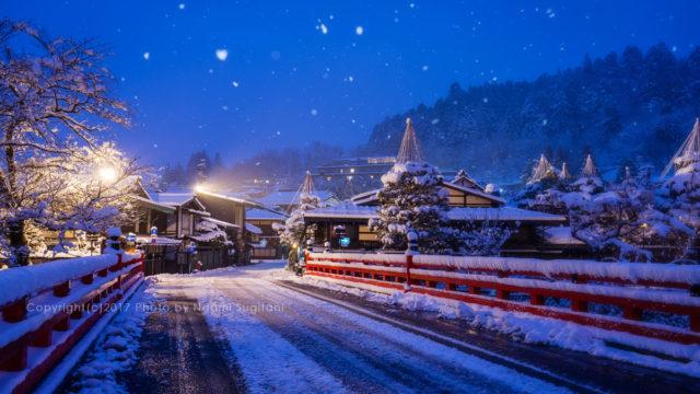20180103 早朝 雪 古い街並み